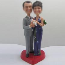 Customized couple bobble heads