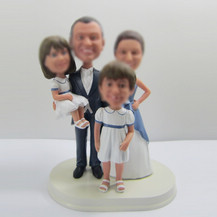 Customized family bobble heads