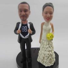 customized wedding cake bobblehead doll