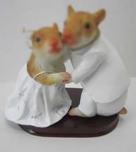 customized bobbleheads of wedding cake