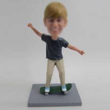 Personalized custom Skateboarding boy bobbleheads
