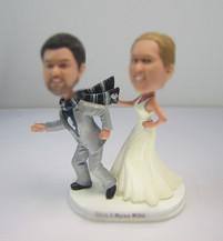 customzed funny wedding cake bobbleheads