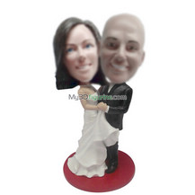 Customized wedding bobblehead dolls
