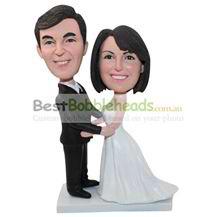 personalized custom bobbleheads for wedding ceremony